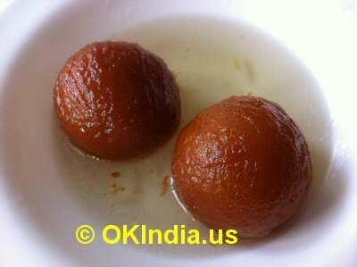 Indian Buffet Desserts image © OKIndia.us