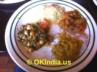 Uttappam, Entrees image © OKIndia.us